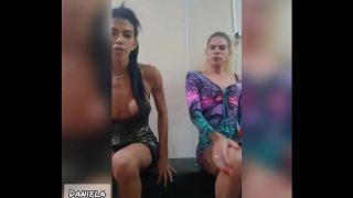 Amigas trans fazendo câmera uma delícia Daniela e   Bruna Shinayd