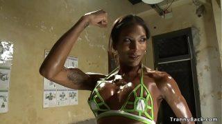 Black shemale bodybuilder bangs referee