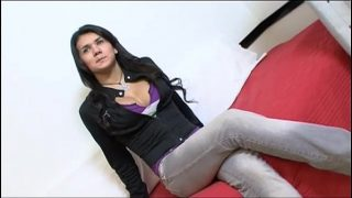 Young transsexual amateur introducing himself before a good fuck